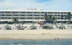 Beachfront at De Cima