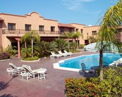 Pool at Holiday Inn Altamira