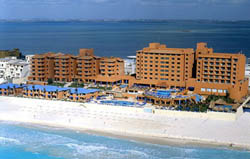 Barcelo Tucancun Beach Resort