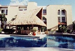 Pool at the Plaza Caribe