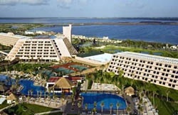 Aerial view Grand Oasis Cancun