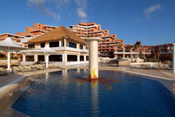 Pool at Omni Cancun Resort