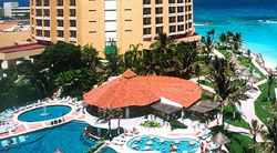 Pools @ Hyatt Regency Cancun