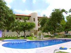 Pool at Suites Carolina Hotel