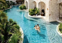Relaxing Pool - Secrets Maroma