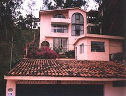 Street view of Casa Camelinas
