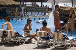 Pool Action at El Cid Castilla