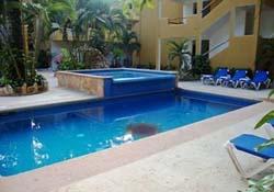 Pool at Hotel Chablis