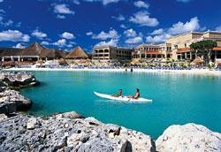 Kayaking @ Aventura Spa Palace