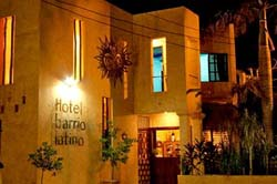 Streetview Barrio Latino Hotel