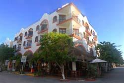 Streetview Condohotel El Patio