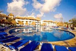 Pool at Grand Riviera Princess