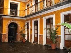 Patio at Hotel Puebla Plaza